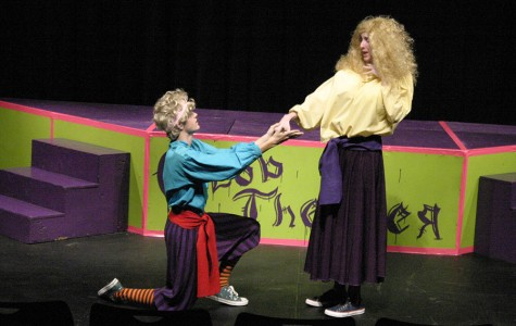 """Theater Department performs """"The Complete Works of William Shakespeare (abridged)"""""""