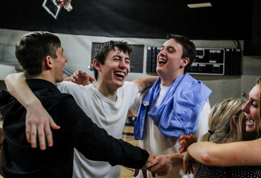 Courtwarming photo gallery
